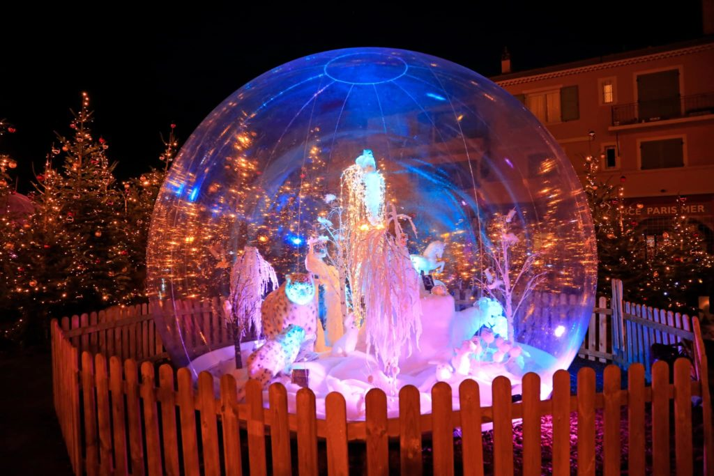 Holidays Lights in a bubble